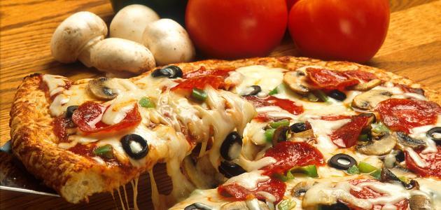 طريقة عمل البيتزا بالخضار