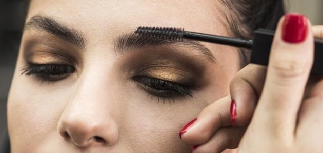 طريقة تكثيف شعر الحواجب
