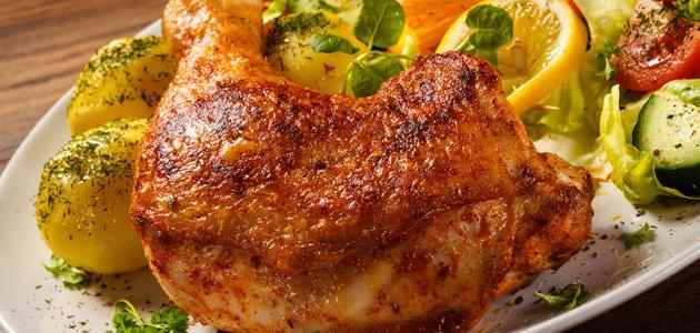 طريقة تتبيل الدجاج المشوي بالفرن