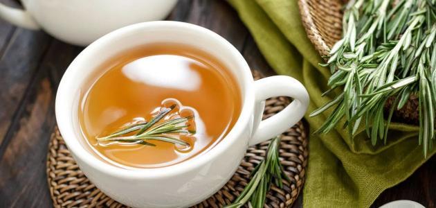 فوائد شاي إكليل الجبل