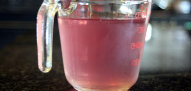 كيف يصنع ماء الورد