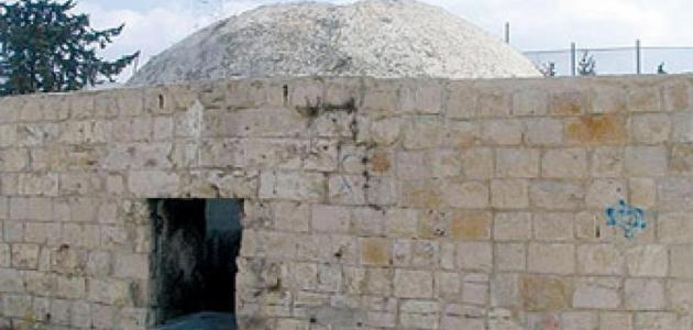 أين يقع قبر النبي يوسف