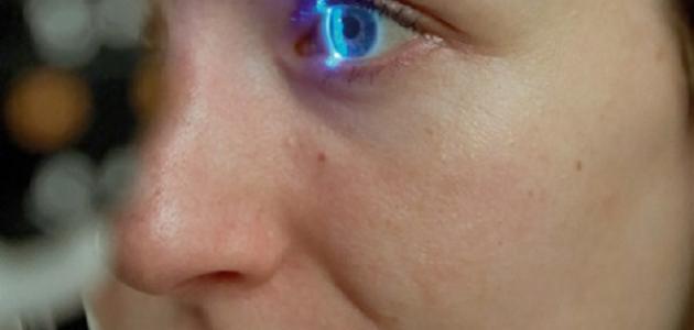 كيف تغير لون عينيك طبيعياً
