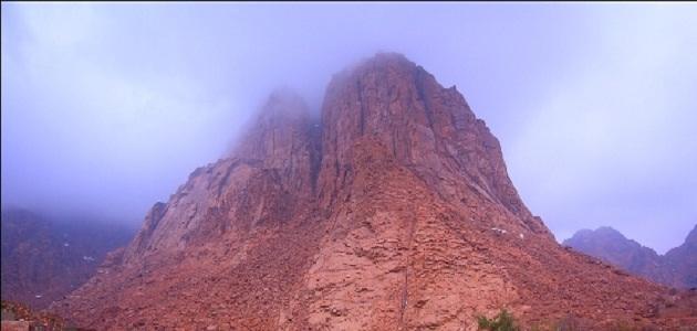 أين يقع جبل خزاز