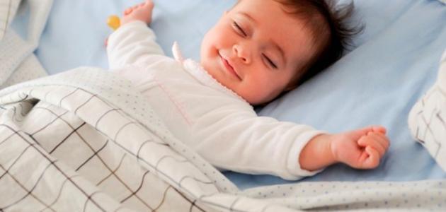 كيف أنظم نوم طفلي