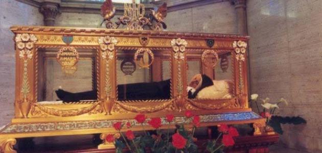 أين دفنت مريم العذراء