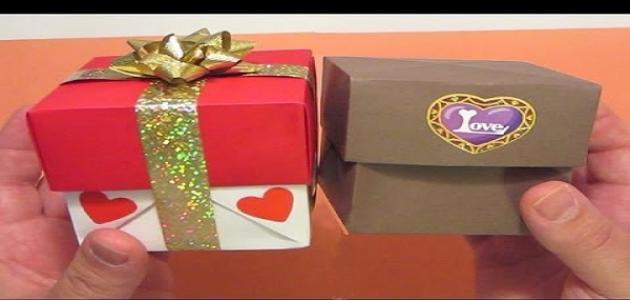 كيف تصنع علبة هدايا