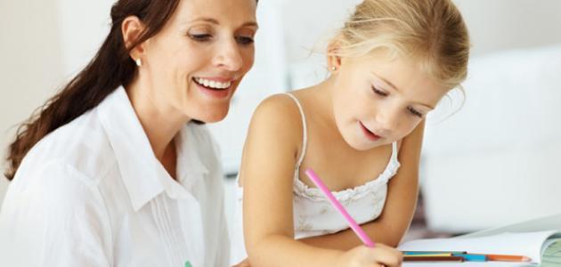 كيف تعلم طفلك الكتابة