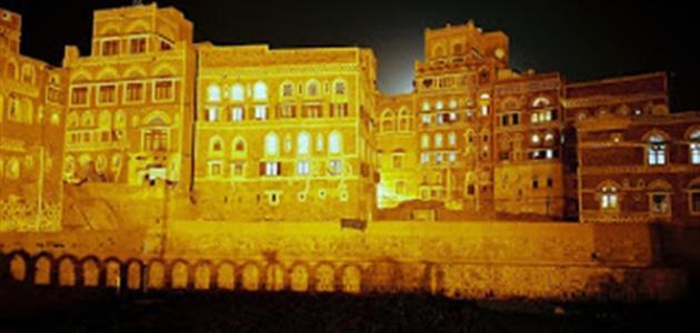 أين يوجد أقدم قصر في العالم