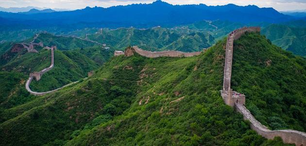 أين يقع سور الصين العظيم