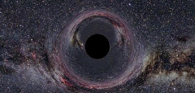 كيف تكون الثقب الأسود