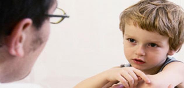 كيف يتم التعامل مع الطفل العنيد