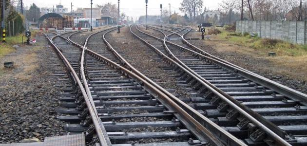 أين أنشئ أول خط سكة حديد في قارة إفريقيا