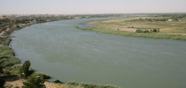 أين يصب نهر الفرات