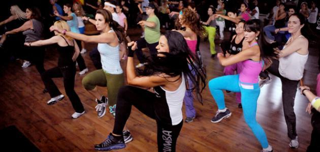 بالفيديو رقصة الزومبا تسخين للمبتدئين