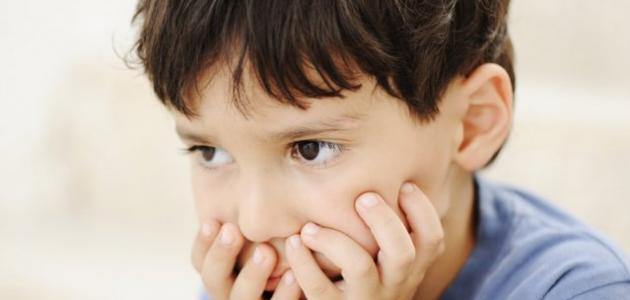 كيف أعرف طفل التوحد