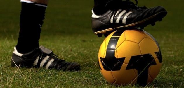 كيف تلعب كرة القدم جيداً