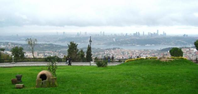 أين يقع تل العرائس في إسطنبول