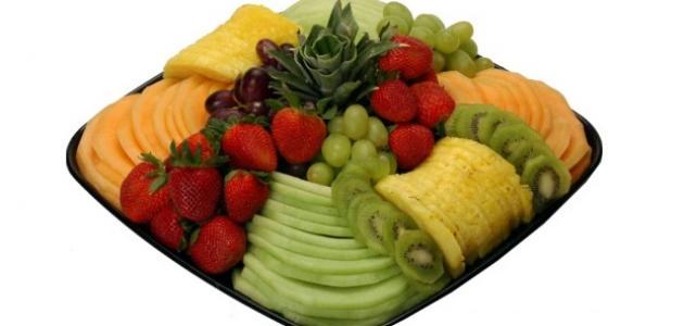 طريقة تقديم سلطة الفواكه