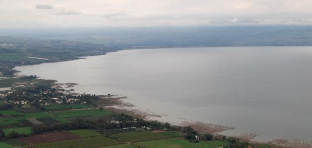 أين تقع بحيرة طبريا على الخريطة