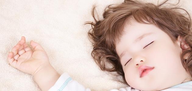 كيف أنظم نوم طفلي عمره سنة