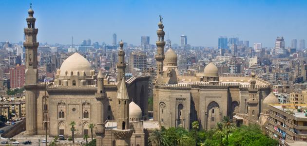أين يقع مسجد السلطان حسن