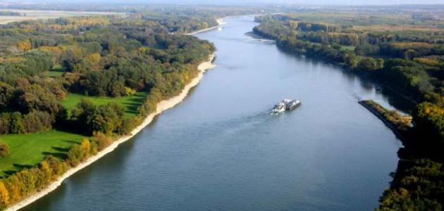 أين يصب نهر الدانوب