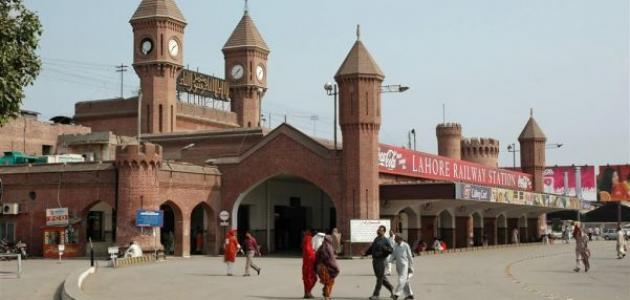 أين تقع مدينة لاهور