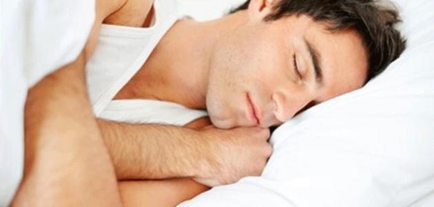 كم ساعة يجب أن ينام الإنسان