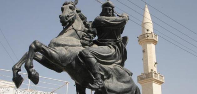 أين توفي صلاح الدين الأيوبي