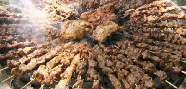كيف أشوي اللحم على الفحم