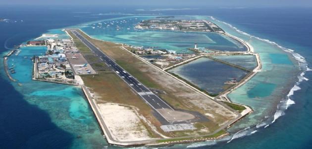 أين موقع جزر المالديف