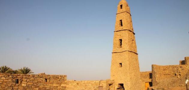 أين يقع مسجد عمر بن الخطاب