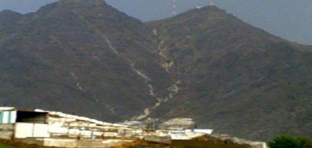 أين يقع جبل أبي قبيس