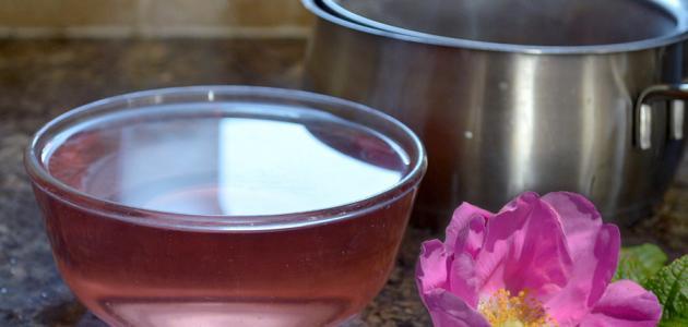 صناعة ماء الورد في البيت