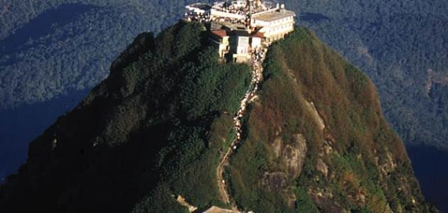 جبل آدم في سريلانكا