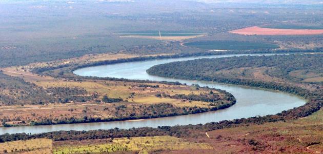 اين يقع نهر الامازون في
