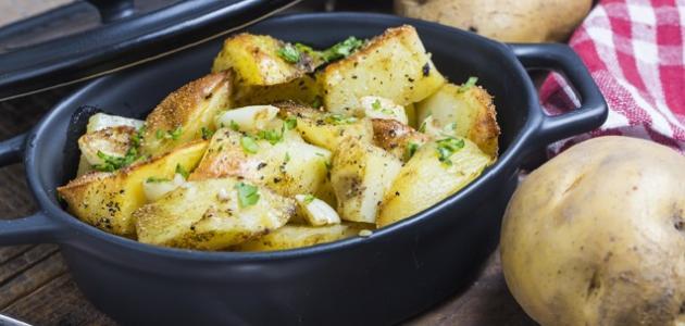 طريقة عمل بطاطس بالثوم