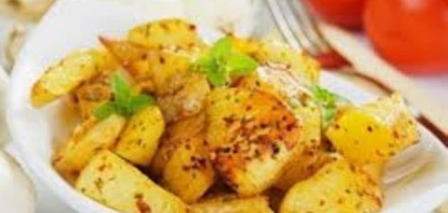 طريقة عمل البطاطس بالكزبرة والثوم
