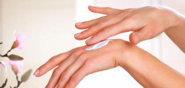 كيف أتخلص من جفاف اليدين