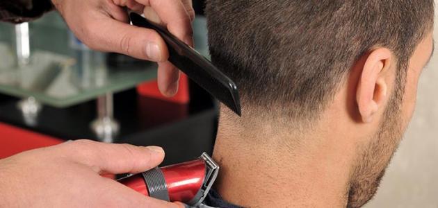 كيفية قص الشعر