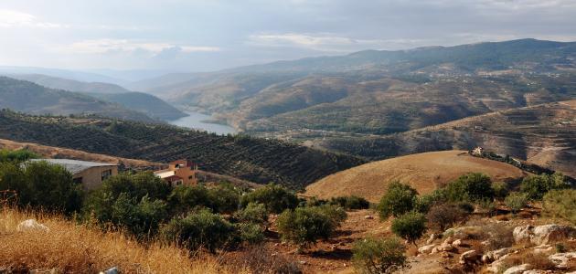 تقرير عن كيف تكونت جبال عمان