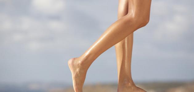 كيف أخفي مسامات الساق