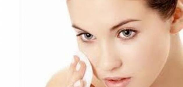 كيف تنظف بشرة الوجه