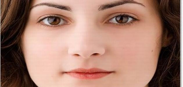 كيف أصبح بيضاء الوجه