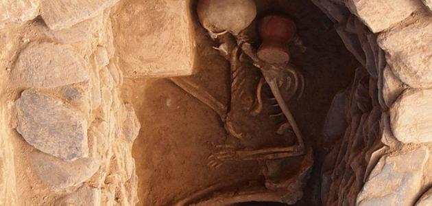 كيف يتحلل جسم الإنسان بعد الموت