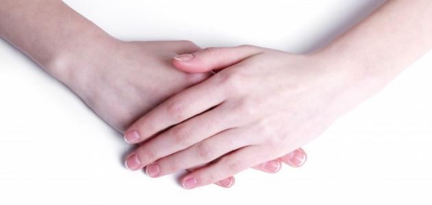 كيف أجعل عروق يدي بارزة