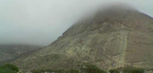 أين يقع جبل جبلة
