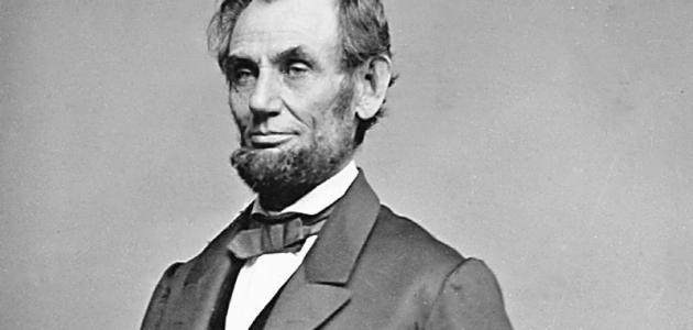 كيف مات أبراهام لينكولن