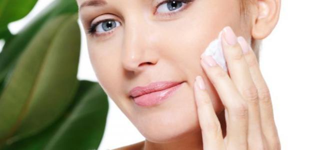 كيف تنظف بشرتك